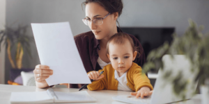 ParentBank: nauja iniciatyva, besiorientuojanti į vienišų tėvų poreikius