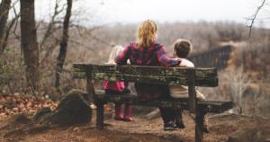 ParentBank: Lanzamiento del programa de formación en línea para padres y madres solteros vulnerables para mejorar sus habilidades literarias, numéricas, digitales y emprendedoras y su sentido de la iniciativa
